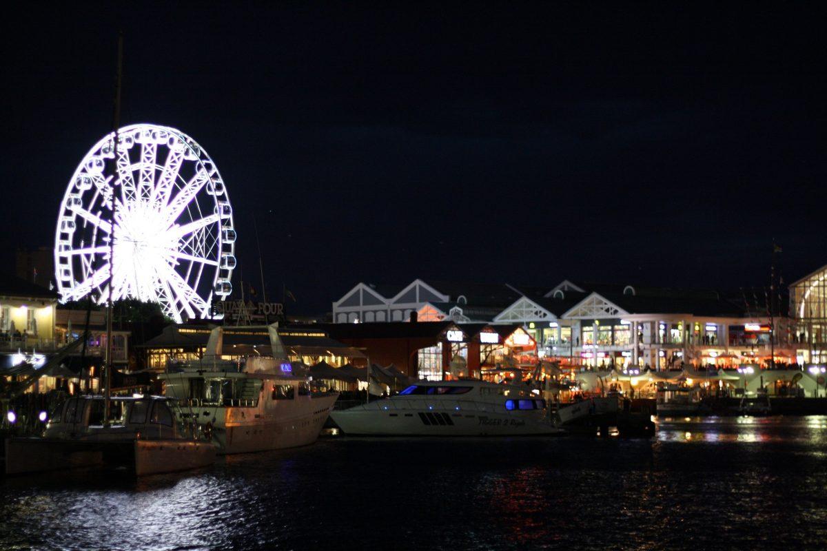 Waterfront a noite