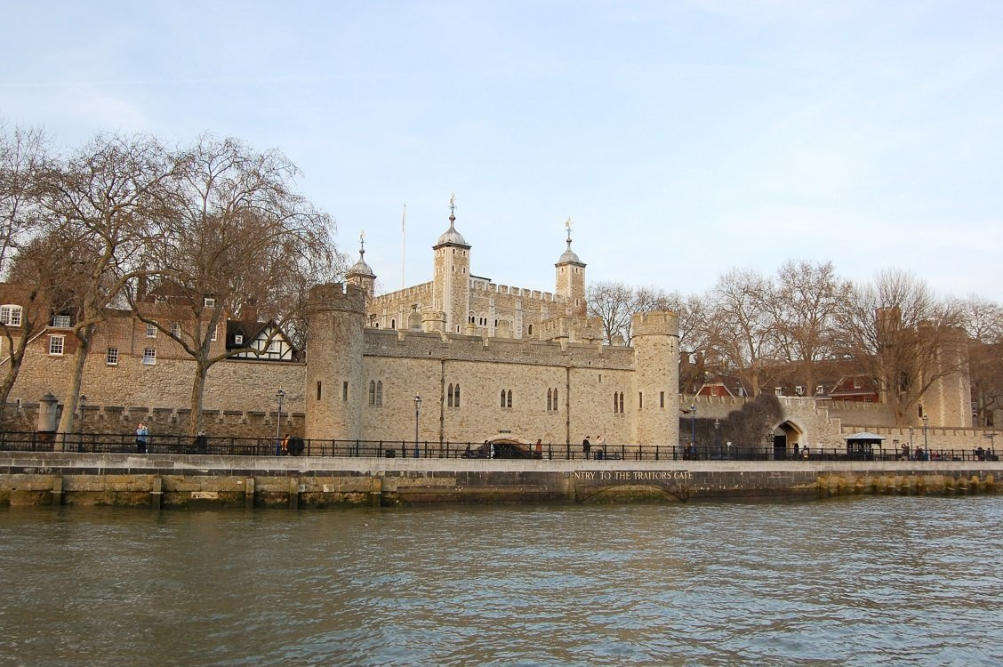 Tower_of_London_londres